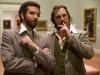 Bradley Cooper и Christian Bale в фильме Афера по-американски (American Hustle)