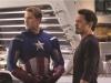 Robert Downey Jr. и Chris Evans в фильме Мстители (Avengers)