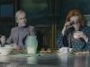 Jonny Lee Miller и Helena Bonham Carter в фильме Мрачные тени (Dark Shadows)