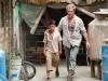 Mel Gibson и Kevin Hernandez в фильме Веселые каникулы (Get the Gringo)