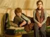 Rupert Grint и Emma Watson в фильме Гарри Поттер и дары смерти. Часть 1 (Harry Potter And The Deathly Hallows Part 1)