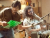 Ashton Kutcher и Josh Gad в фильме Джобс Империя соблазна (Jobs)