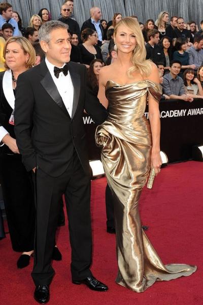 George Clooney и Stacy Keibler на красной дорожке