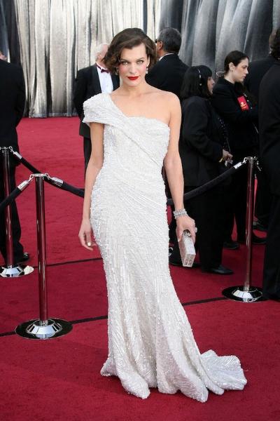 Milla Jovovich на красной дорожке