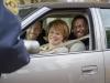 Bradley Cooper, Jacki Weaver и Chris Tucker в фильме Мой парень - псих (Silver Linings Playbook)