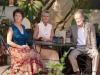 Penelope Wilton, Celia Imrie и Ronald Pickup в фильме Отель Мэриголд лучший из экзотических (The Best Exotic Marigold Hotel)