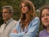 George Clooney, Shailene Woodley и Amara Miller в фильме Потомки (The Descendants)