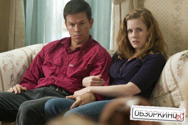 Mark Wahlberg и Amy Adams в фильме Боец (The Fighter)