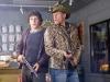 Jesse Eisenberg и Woody Harrelson в фильме Добро пожаловать в Зомбилэнд (Zombieland)