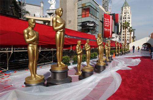 Красная дорожка «Оскара» 2012 года — фоторепортаж
