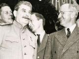 «Нерассказанная история США» Оливера Стоуна